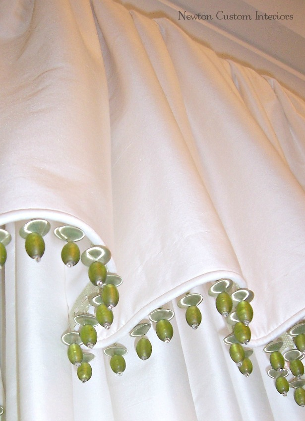 master-bedroom-valance-trim