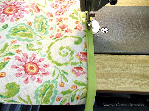 sewing-cording-to-overlay