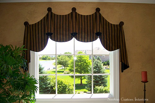 valance-hung-on-finials