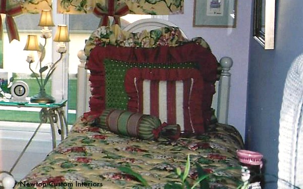 pillows-with-gathered-ruffles