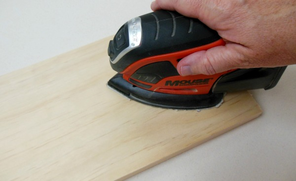 How To Make A Sign Using Vinyl Letters Sander
