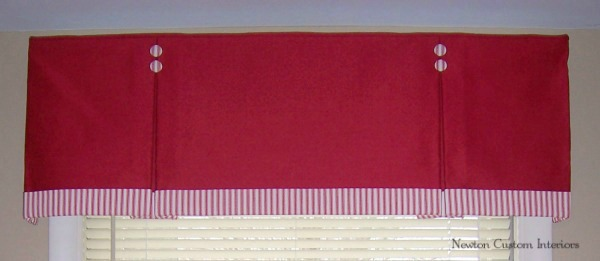 Box Pleated Valance With Banding And Buttons Newton
