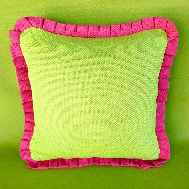 knife-pleat-ruffle-pillow-1