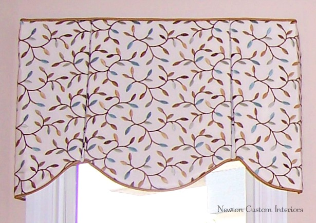 box-pleat-valance-with-cording