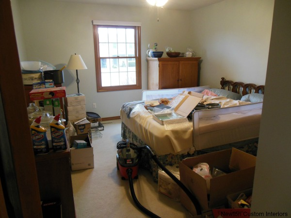 Don't let the emotional toll of clutter run your life. Learn ways to control your clutter!