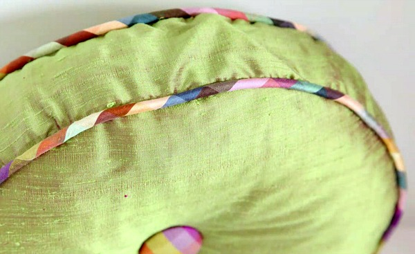 Linda's Tufted Pillow