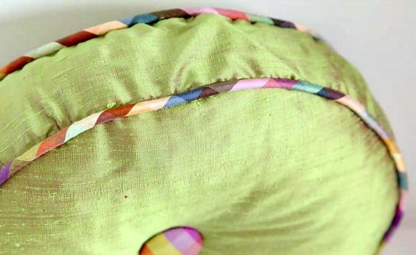 Linda's Tufted Pillow