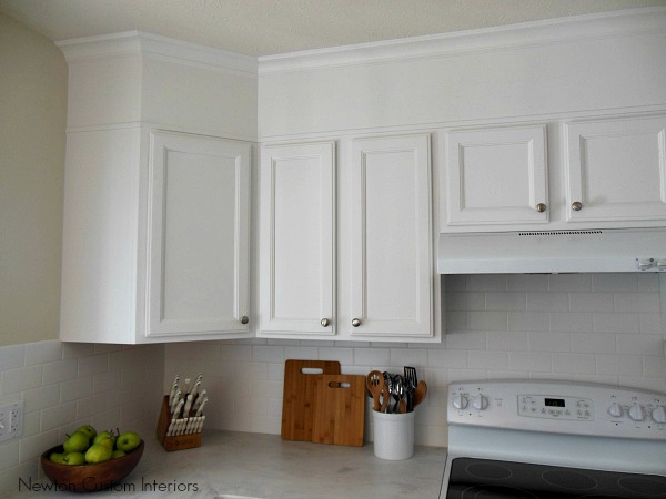 Cleaning White Painted Kitchen Cabinets