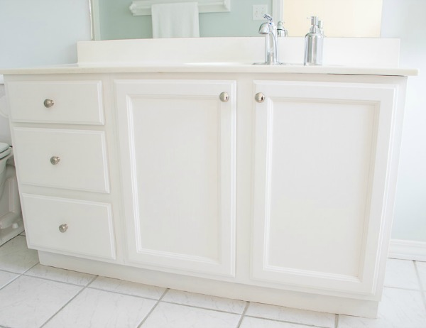Bathroom Cabinets Painted Oak Grain
