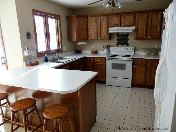 old kitchen before backsplash