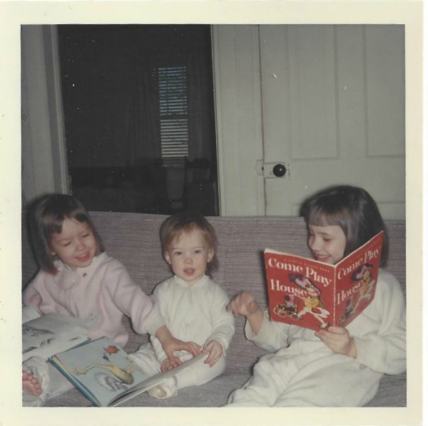 reading with sisters
