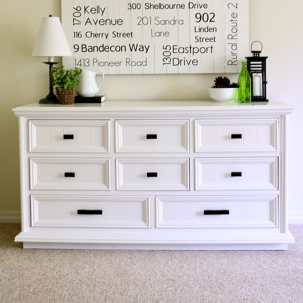 Learn the many reasons why I don't use chalk paint, and the techniques I do like!