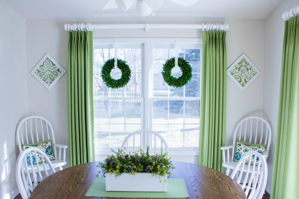 Christmas home tour - dining area.