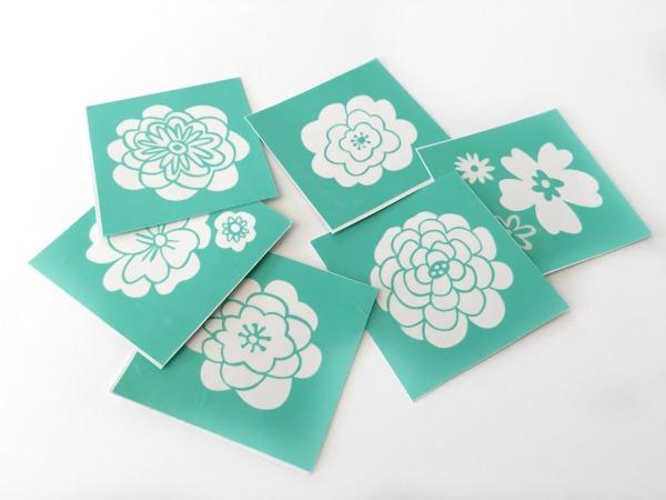 Chalk Couture Mini-Florals transfer