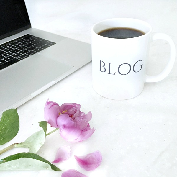 Blogging video tutorials that will walk you step-by-step through all of the steps to starting a successful blog!